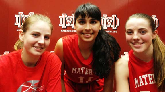 Karlie Samuelson, Andee Velasco and Katie Lou Samuelson all had their moments for No. 1 Mater Dei in win at Nike Extravaganza over Oaks Christian of Westlake Village. Photo by Harold Abend.
