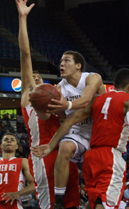 Aaron Gordon tries to knife through the Mater Dei defense in CIF Open Division state final. Photo: Willie Eashman.